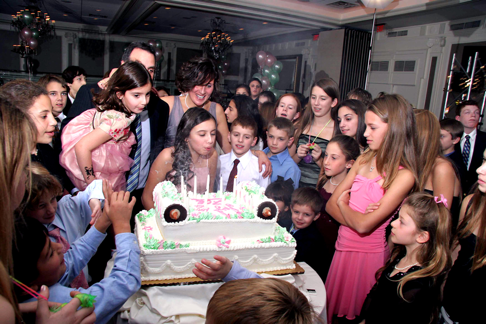 blowing out candles at bat mitzvah
