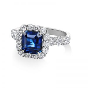 Sapphire center and Diamonds